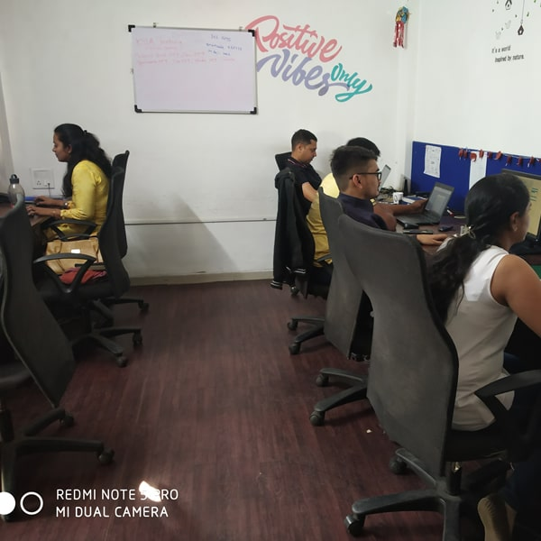 Coworking space pune floating desk